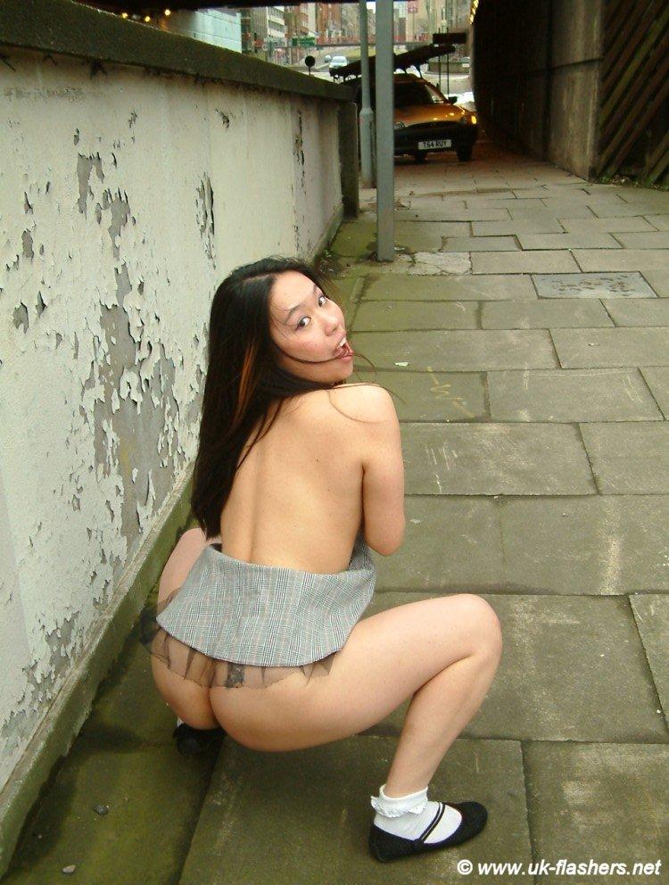 li public nudity Koko