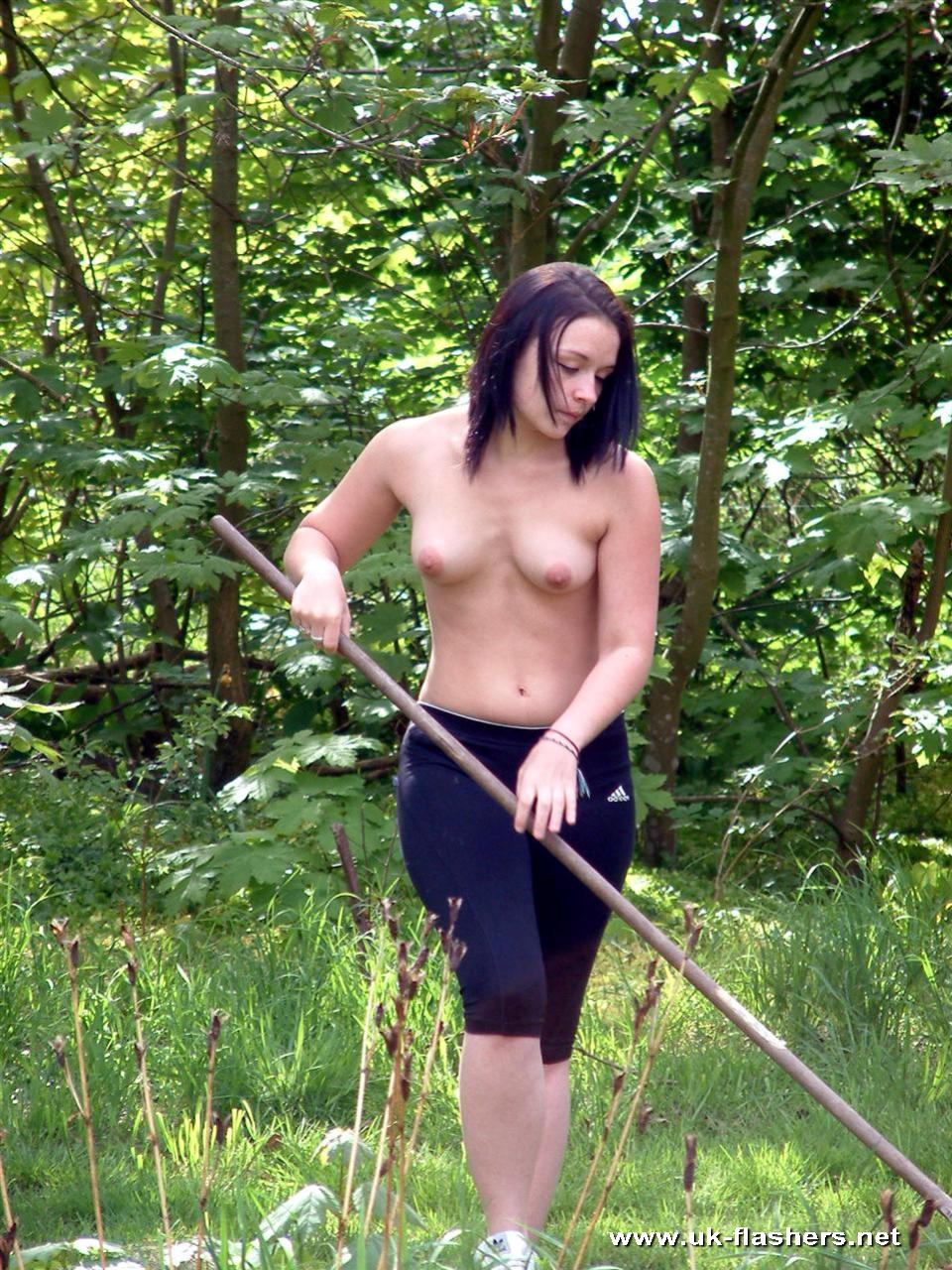 Nude Teens In Garden Pictures 44